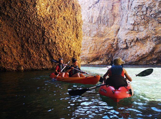 Excursiones en kayak, SUP y snorkel.